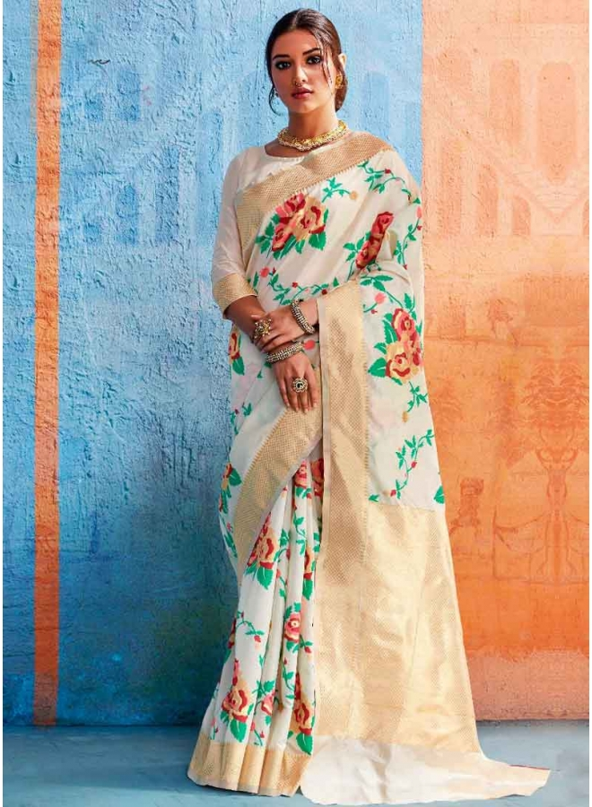 White Gold Weaving Print Heavy Handloom Silk Designer Party Wear Saree